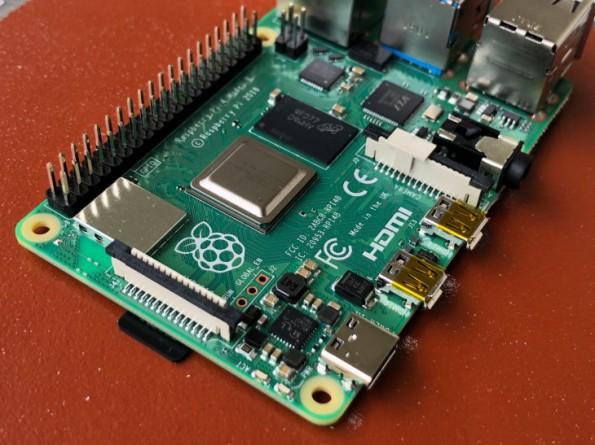 Raspberry-Pi-4-4